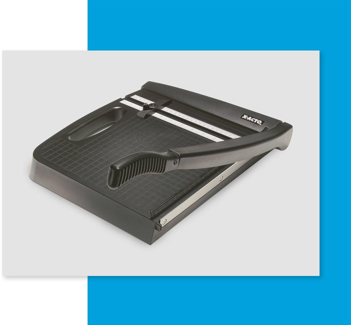 Plastic paper cutter